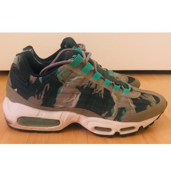 new style 8e85b d5167 Nike Air max 95 PRM TAPE. M5bdf9b84409c1586d20e3057